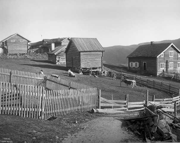 1913 2