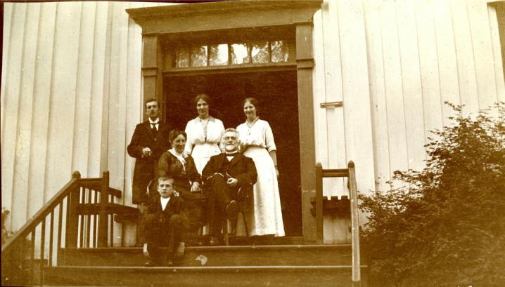 skattebøl med famile hallingdal museum