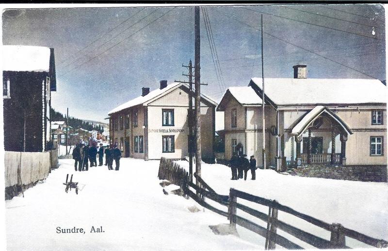Me se Sundre hotell og skydsstation, Tingstugu og Urholtbua